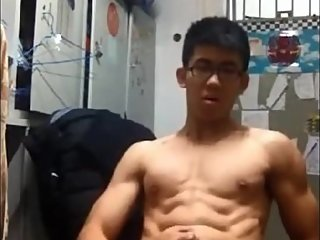 asian muscle boy ?????