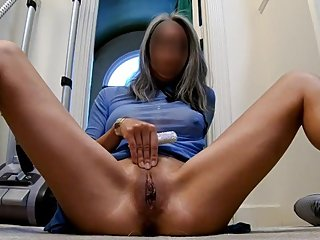 Asian MILF with another real orgasm selfie, many contractions