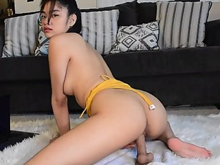 MilaPoonis riding dildo webcam show
