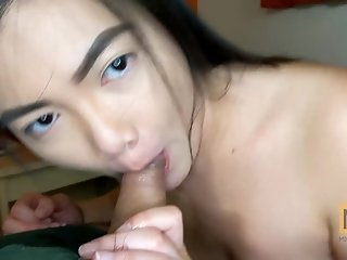 SLOPPY BLOWJOB COLLEGE ASIAN GIRL