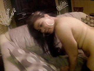 Asian step-sister needs help from her brother to get guys to like her