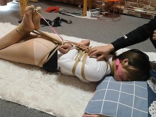Hogtied and ballgag (asian-bondage. com)