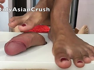 Indonesian sneakers and footjob