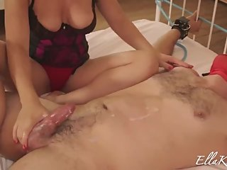 Quick Jackings Ц Russian Mistress Extracts Huge Load From A Tiny Cock