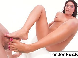 Bruce gets London Keyes's Foot and Mouth